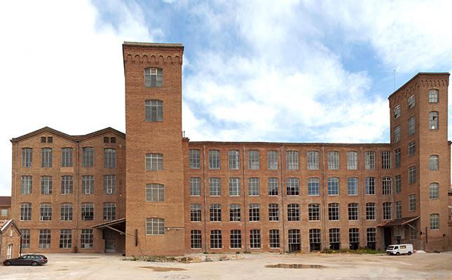 Quants treballadors va arribar a albergar el Conjunt Industrial Fabra i Coats de Barcelona?