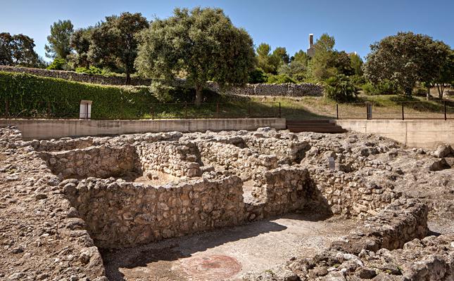 Quin d'aquests dos poblats ibers té un origen més antic?