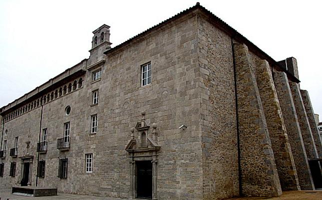 Fins a quin any va funcionar com a centre sanitari l'Antic Hospital de Santa Caterina de Girona?