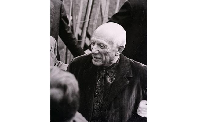 Gràcies a l'empenta de quin amic de joventut de Picasso es va dur a terme el projecte de fundar un museu a Barcelona dedicat a l'artista malagueny?