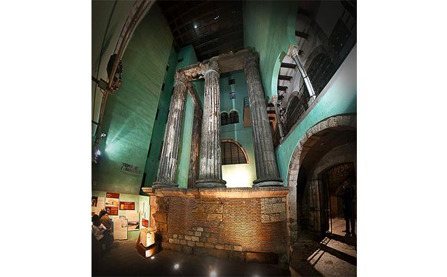 Un dels tresors patrimonials més amagats de Barcelona és el temple d'August, que es va descobrir durant la construcció de?