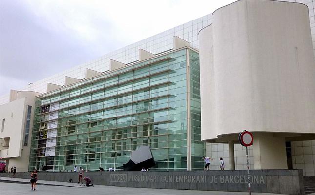 Quin any va obrir portes el Museu d'Art Contemporani de Barcelona (MACBA)?