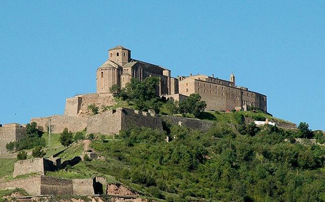 Quina figura històrica va impulsar la construcció del castell de Cardona?