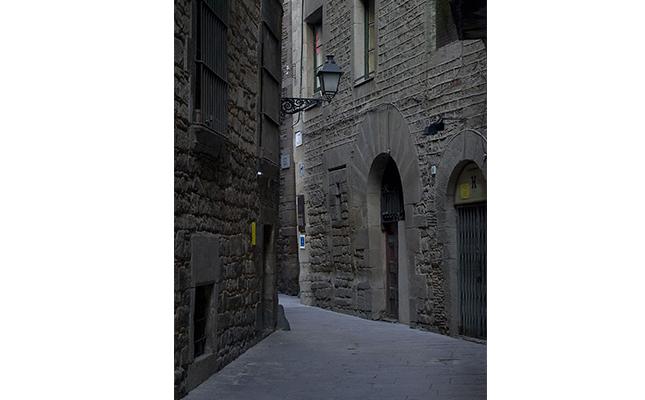 D'on ve l'origen del nom del carrer de Sant Domènech del call de Barcelona?