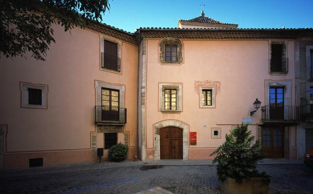 On es troba la Casa Museu Rafael Casanova?