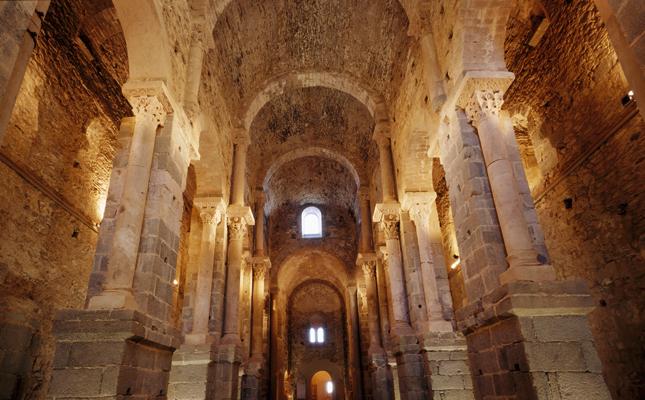Quin era el monestir més important de l'antic comtat d'Empúries?